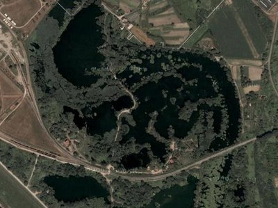 Lake o saurus Illusion in Google Earth