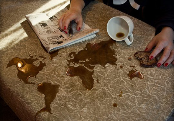 world coffee optical illusion