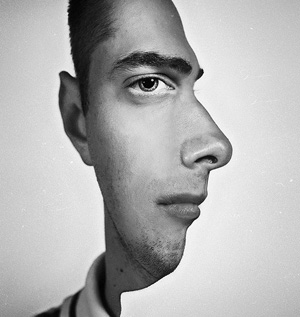 Two Face Optical Illusion a