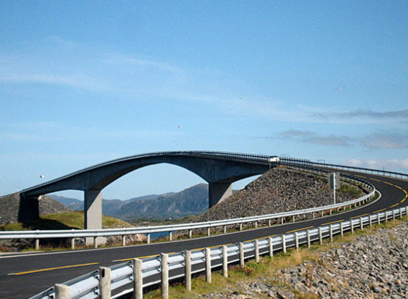 Real Life Illusion: Storseisundet Bridge