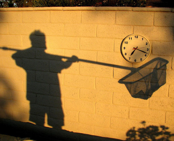 Capturing a Clock Illusion