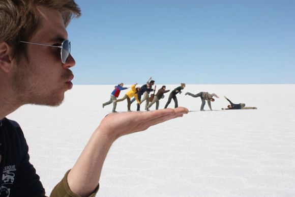 Tiny People Being Blown Over Optical Illusion