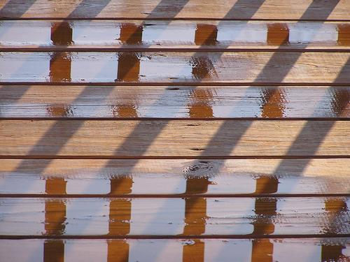 Vertical Lines Optical Illusion
