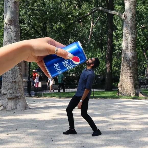Have a Pepsi Optical Illusion