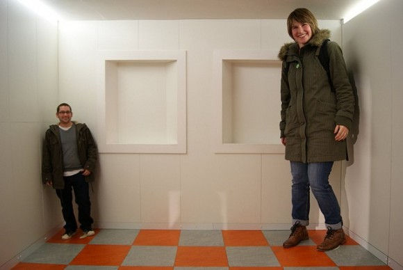 Tiny Man and Giant Woman Optical Illusion