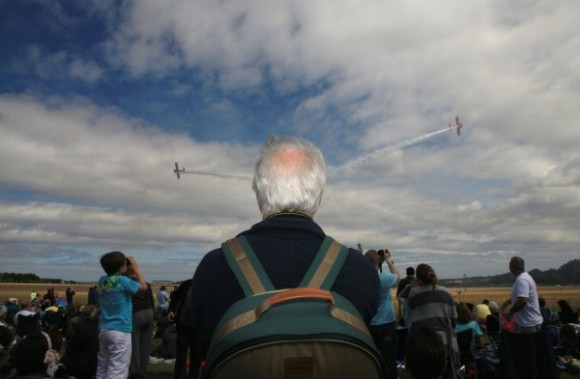 Planes Coming Out of a Head Optical Illusion