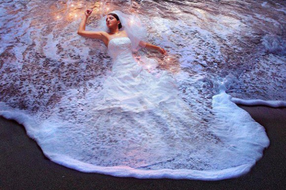 The Melting Bride Optical Illusion