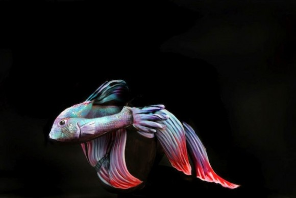 Body Paint Fish Optical Illusion