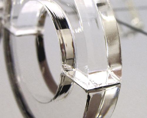 Shahar Pelegs   Mirror Tic Tac Toe Illusion