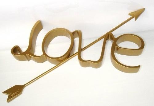 Love Ambigram Optical Illusion