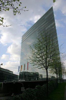 Düsseldorf Stadttor 2D Transparent Building