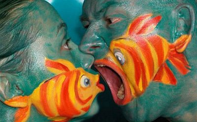 Fish Tales Kissing