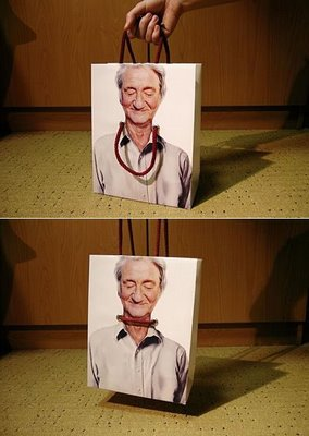 Funny Sacks Illusion