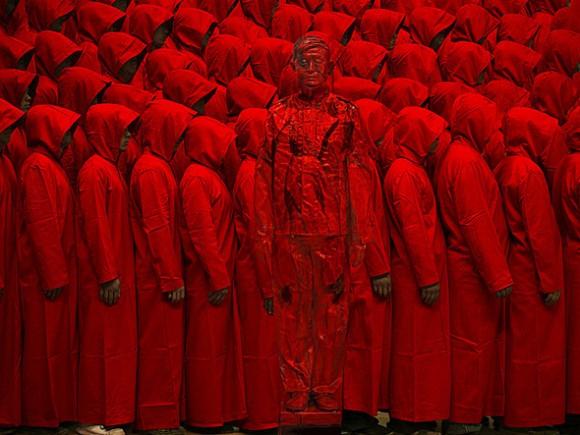 Liu_Bolin_HITC_Red_No