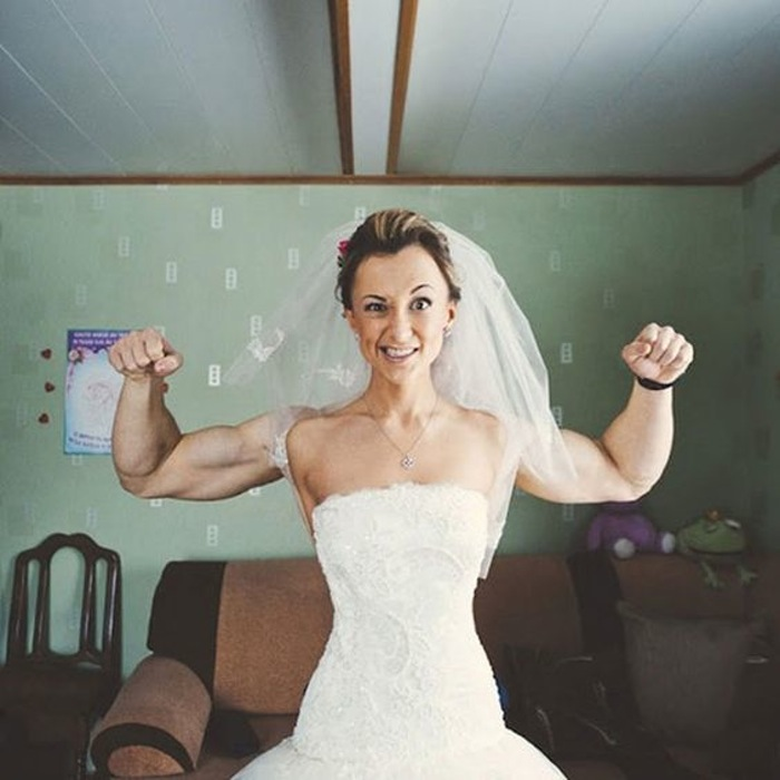Funny Old Woman Wedding Gowns: Super Strong Bride Illusion