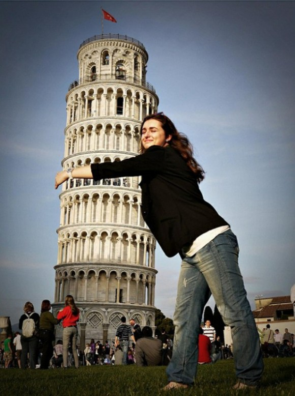 leaning tower of pisa illusion picture